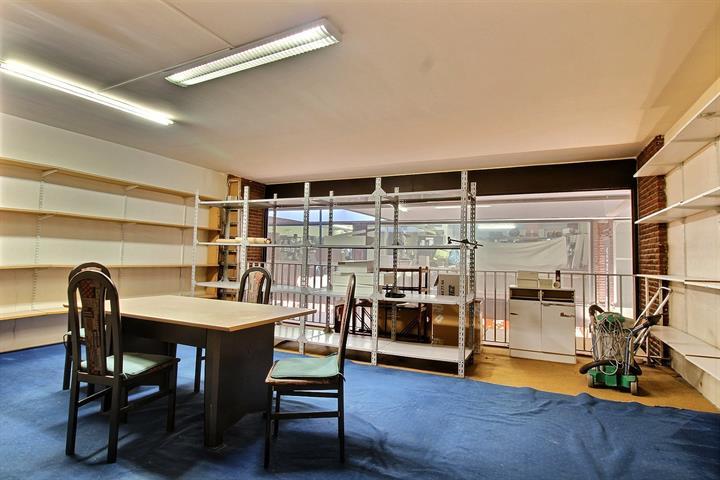 Centre commercial - Woluwe-Saint-Lambert - #3875240-3