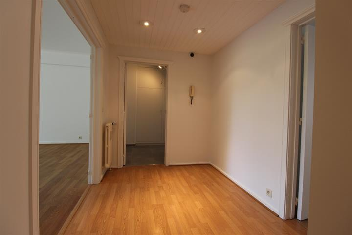 Flat - for rent - 1180 Uccle